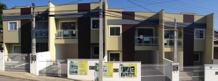 Casa à venda  no Iririú - Joinville, SC. Imóveis